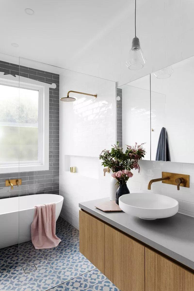 买个浴缸怎么安装?